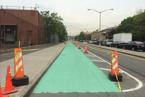 A missing link in the Brooklyn Waterfront Greenway is turning green. Photo: Frank Hebbert