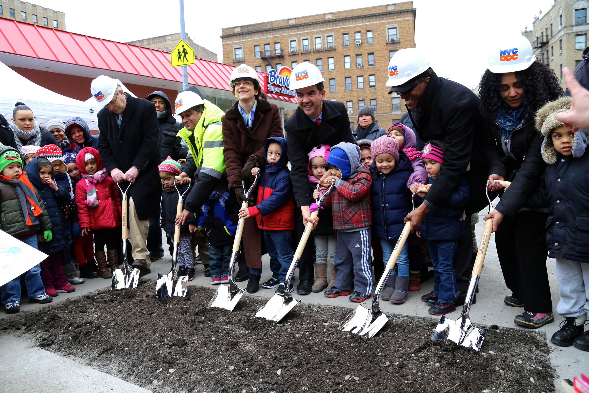 Officials break ground on a new pedestrian plaza on 175th Street in Washington Heights this morning. Photo: DOT/Flickr