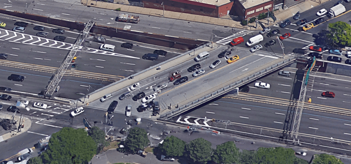 Two Community Boards Sign Off on Greenpoint Avenue Bridge Bike Lanes