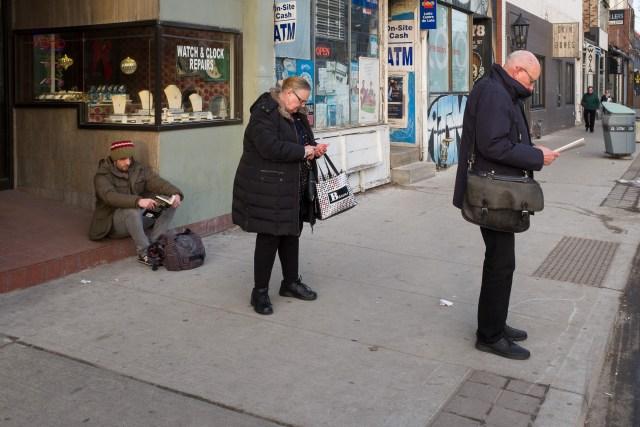Fuji X100T Street Photography Review - Quiet Shutter
