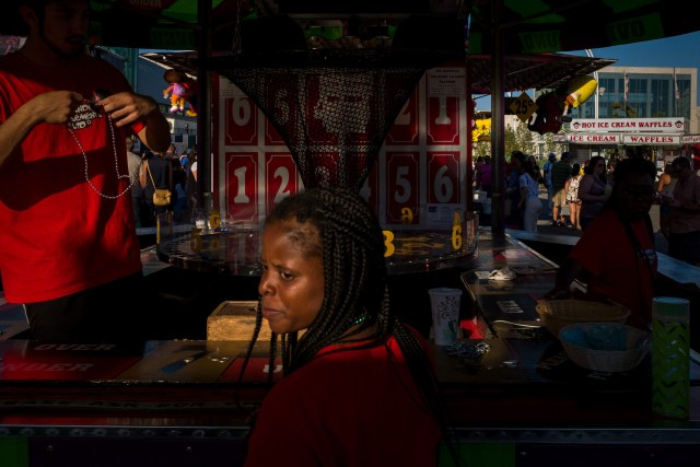 Street Photographer's Guide To CNE - Follow The Light