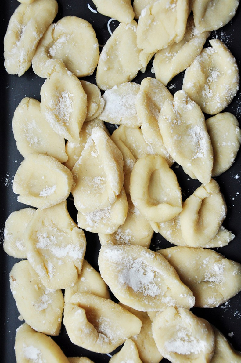 Do you want to cook an amazing Italian dish from scratch, but without hours of prep work? This quick potato gnocchi recipe could be just what you (and your taste buds) are looking for.