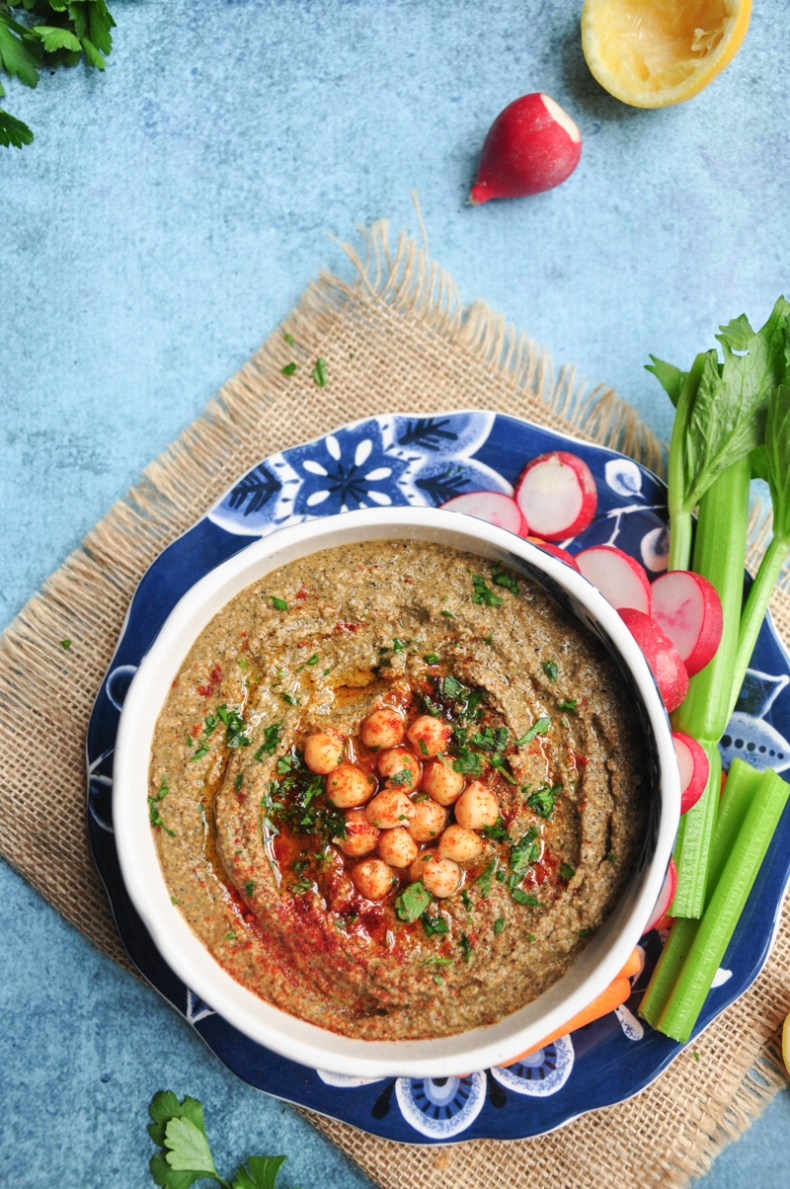 Smoky, garlicky, earthy, and authentic, this chipotle hummus is ready to enjoy in only five minutes. It's also gluten-free, vegan, and rich in dietary fiber.