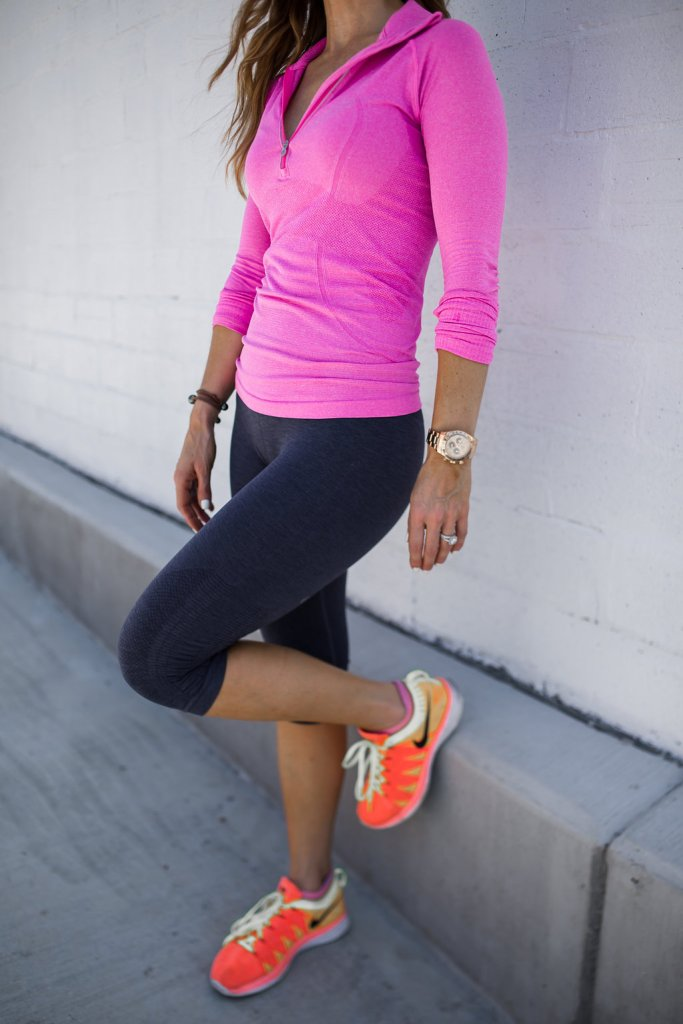 Dallas Style Blogger /Athleisure Clothes Nordstrom Sale/ Athleisure Wear/