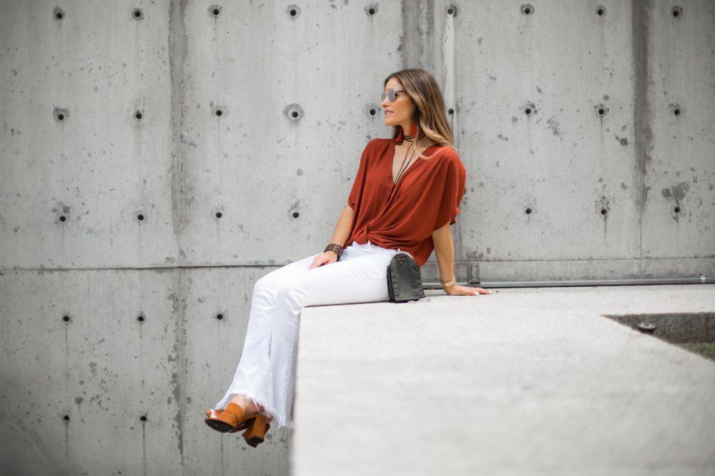 The Texas State Fair And Texas/Ou Weekend/Current/Elliott Flip Flop Jeans/ Lush Top/ Lizzie Fortunato earrings/Prada Mules/Dallas Fashion Blogger/ Tiffany Davros/