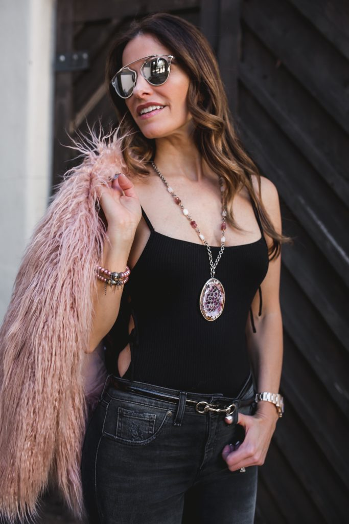 Valentines Links + a $500 Nordstrom Giveaway//Theory Faux Fur Coat//Privacy Please Bodysuit//Rag & Bone Capri Jeans//Valentino Rockstud heel//Gucci Horsebit Belt///Dallas Style Blogger/
