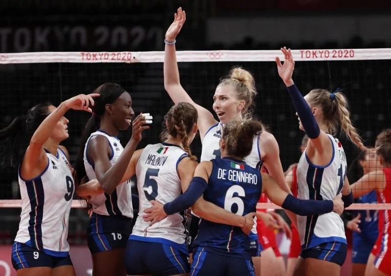 Pallavolo, l'Italia femminile è campione d'Europa! Le azzurre domano la bestia nera: Serbia sconfitta in 4 set