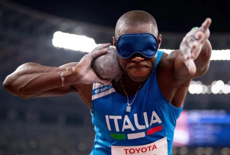 """Paralimpiadi di Tokyo, Oney Tapia show! Bronzo nel lancio del peso poi canta in diretta: """"uno su mille ce la fa"""" [VIDEO]"""