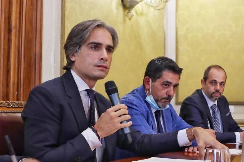 Conferenza stampa rifiuti Reggio Calabria