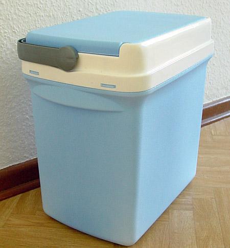 Farbe bekennen: Hellblaue Kühlbox