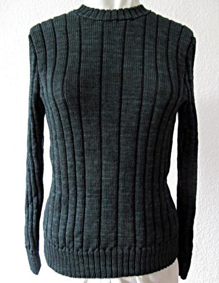 Pullover im Rippenmuster