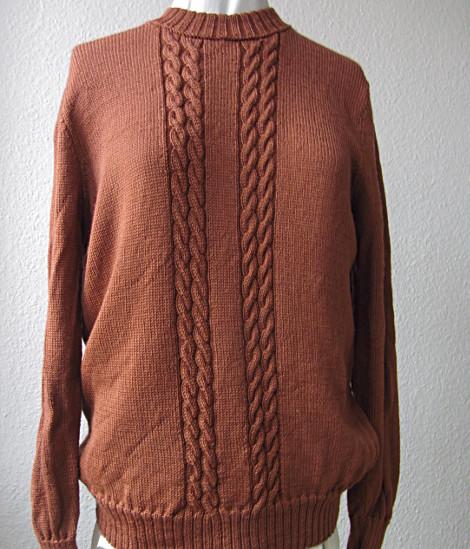Pullover mit schmalen Zöpfen