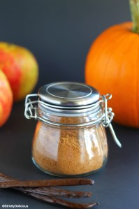 Vanilla Autumn Spice | StrictlyDelicious.com