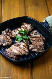 Easy Jerk Chicken (paleo & nightshade free) via StrictlyDelicous.com