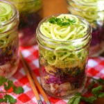 Mason Jar Instant Ramen Zoodles | A healthy, gluten-free, delicious to-go lunch via StrictlyDelicious.com