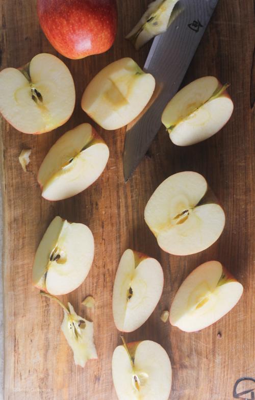 Skillet Apple Crisp | StrictlyDelicious.com