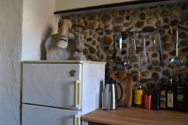 Mediterrane Küche aus Ytong mit Lehmputz und Kalkfarbe | StrohNatur