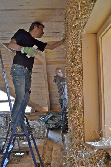 Herbert Gruber Strohballenbauer / Straw Bale Builder