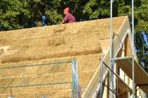 strawbalehouse-ernstbrunn-roof-infill-40