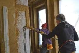 strawbalehouse-summerau-clayplaster-85