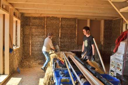 step-strawbale-training-wolfgangsee-11