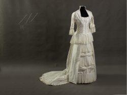 Suknia-ślubna-1880r-1-3