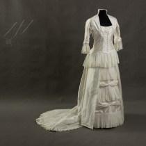 Suknia ślubna 1880 r.