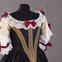 Suknia dworska około 1665-1670r.