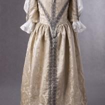 Suknia z adamaszku jedwabnego 1660r.