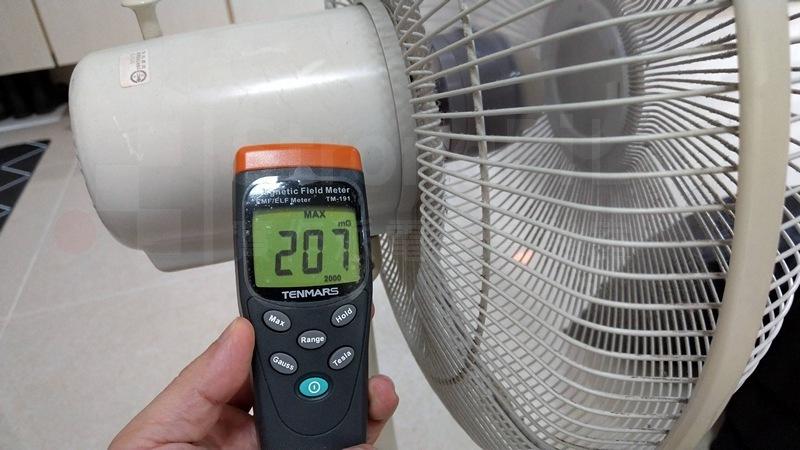 電風扇啟動時會產生很大的瞬間電磁波