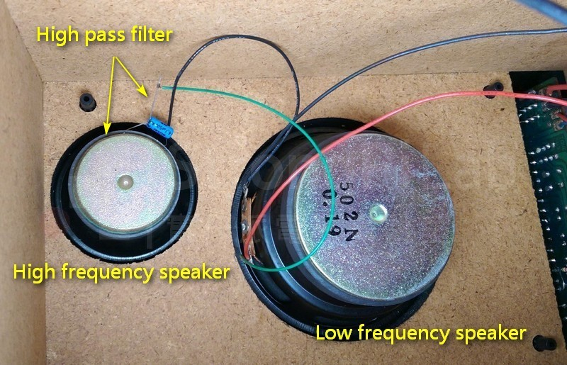 檢查高低音喇叭的接線