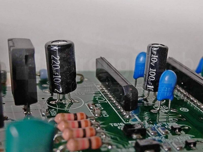 主動元件用的旁路電容