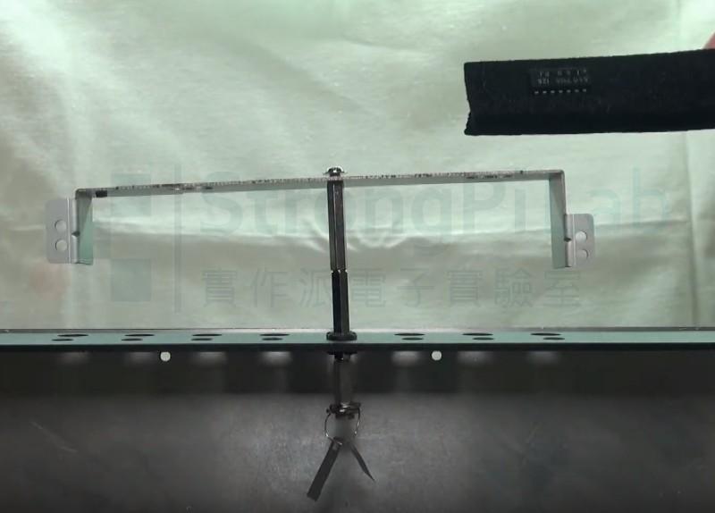 導電泡棉一眨眼就讓鋁箔合起來