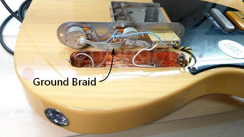 將 電吉他 電路室的接地線改以編織帶取代