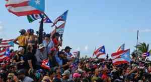 Pueblo boricua alzado quita gobernador corrupto en 12 días
