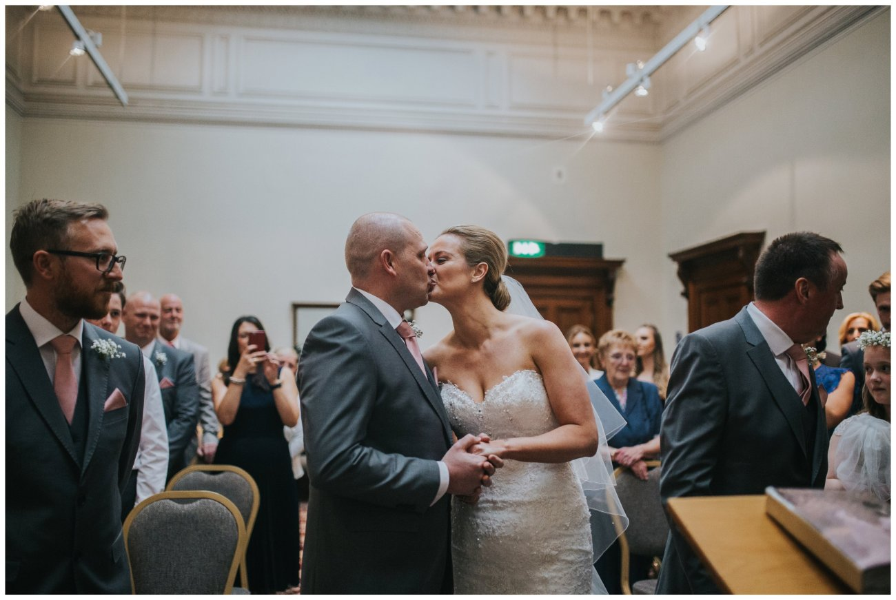 Liverpool Wedding Photographers_0063.jpg