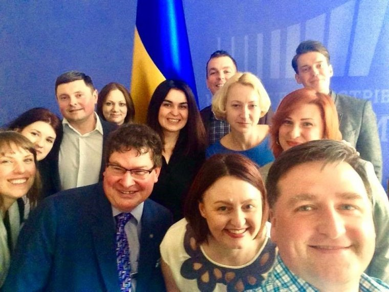 Modernising communications for the Ukrainian government - Stuart Bruce with cabinet team