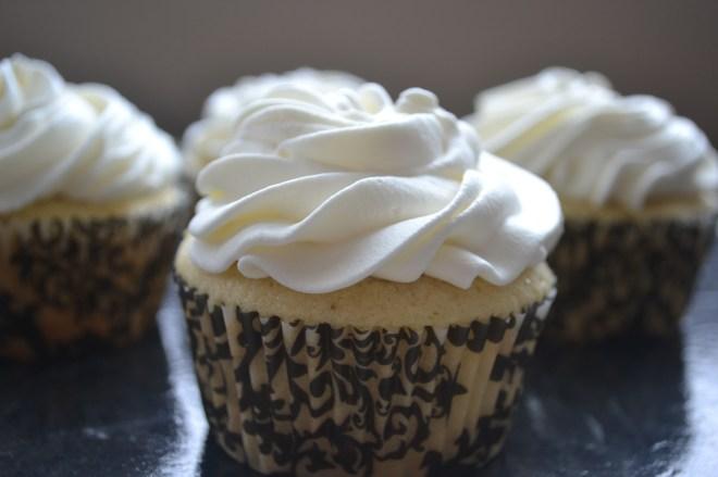 Banana Cream Cupcakes - Stuck On Sweet
