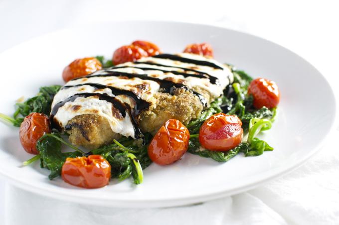 Pesto Chicken with Roasted Tomatoes | stuckonsweet.com