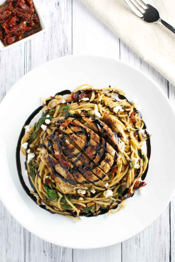 Sun Dried Tomato Pasta with Chicken, Spinach and Goat Cheese | stuckonsweet.com