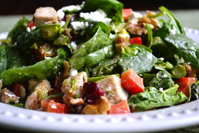 Spinach and Chicken Salad with Goat Cheese   stuckonsweet.com