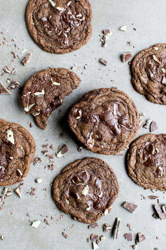 photo of chocolate cookies