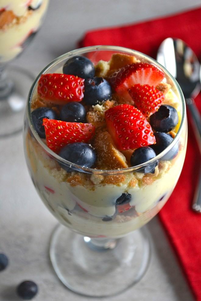 Vanilla Bean Pudding Fruit Parfaits