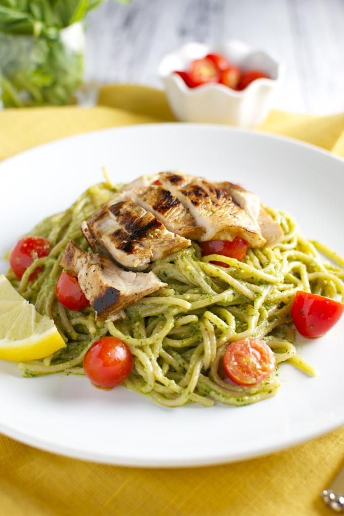 Basil and Goat Cheese Pesto Pasta with Tomatoes and Chicken | stuckonsweet.com