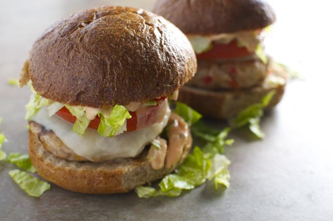 Turkey Cheeseburgers with Provolone and Thousand Island Dressing - stuckonsweet.com