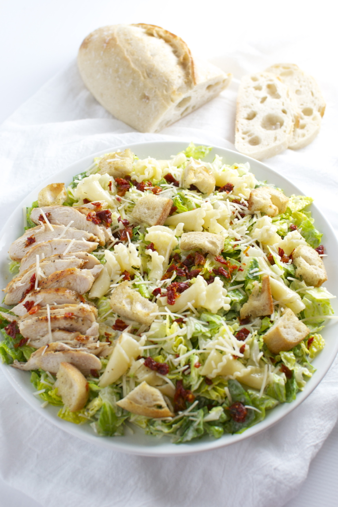Parmesan Peppercorn Chicken Salad with Sun Dried Tomatoes and Pasta is packed full of flavors. It's one of my favorite salad recipes. | stuckonsweet.com
