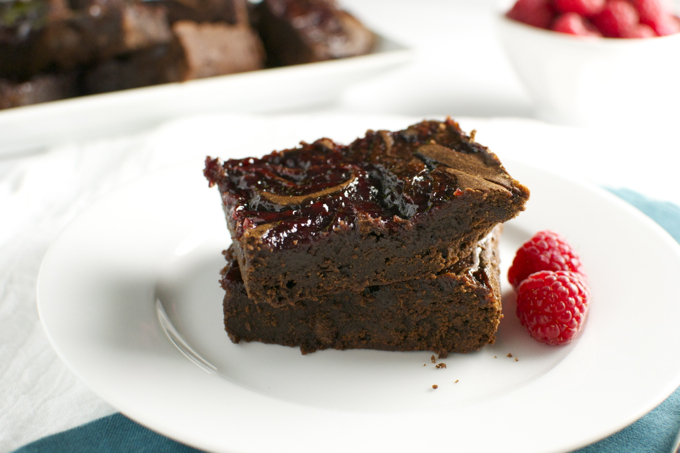 Raspberry Mocha Brownies | stuckonsweet.com