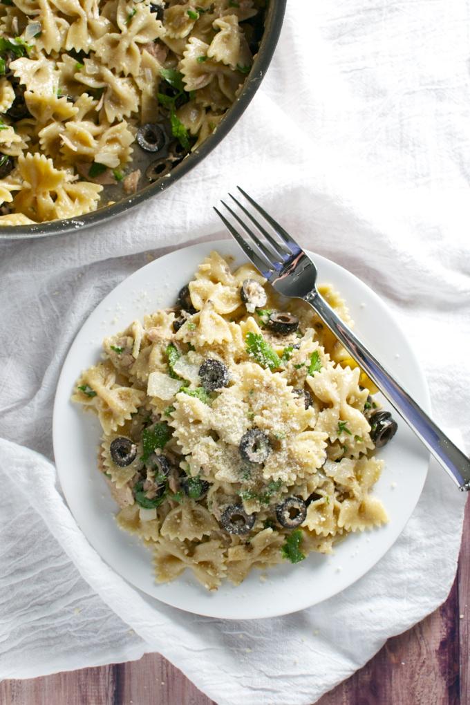 Tuna and Olive Pasta | stuckonsweet.com