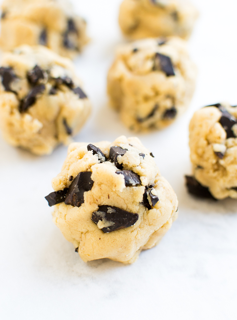 picture of chocolate chip cookie dough