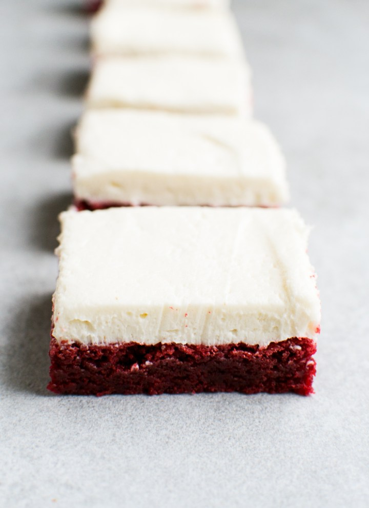 picture of red velvet brownies